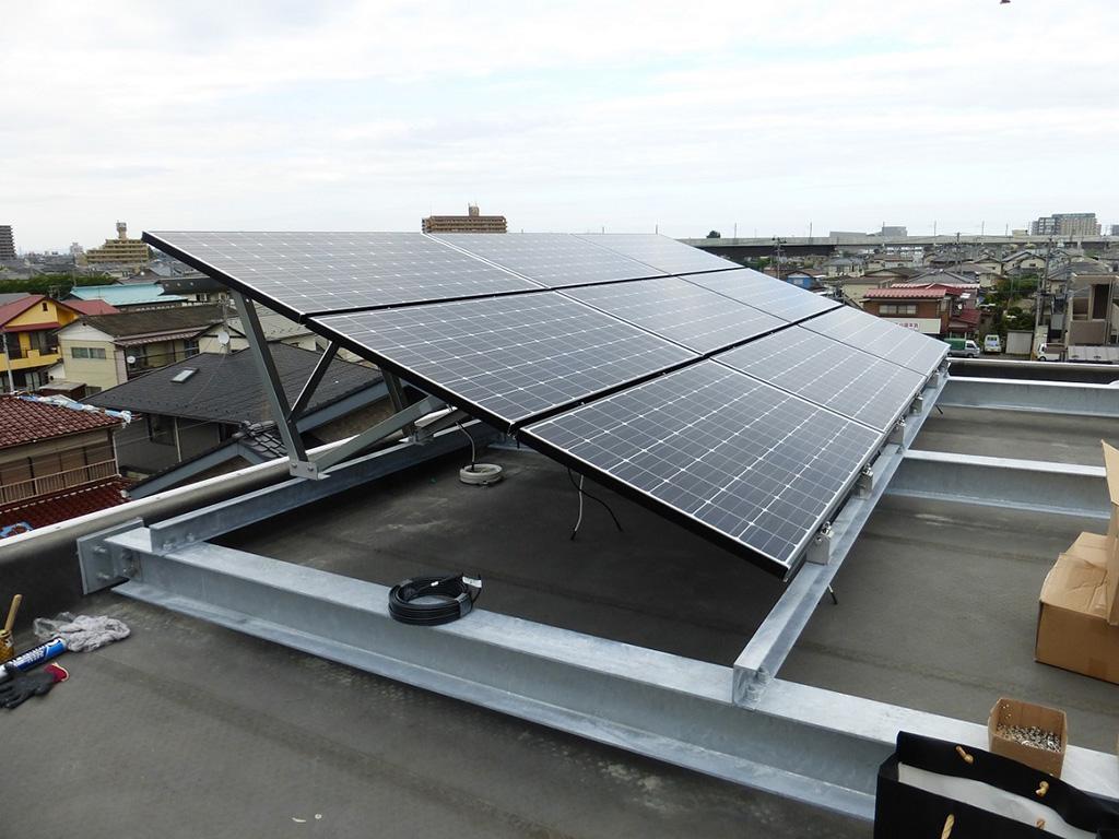太陽光発電設備の導入(本社屋上)