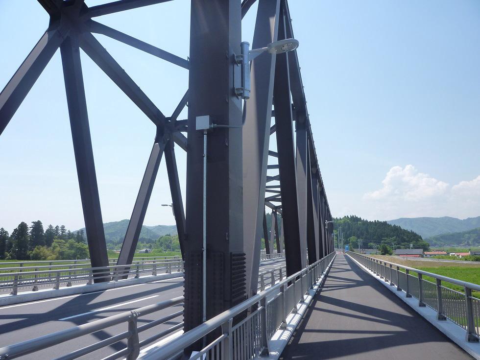 平成23年度社道A1−11-004号 丸森大橋上部工工事(照明)
